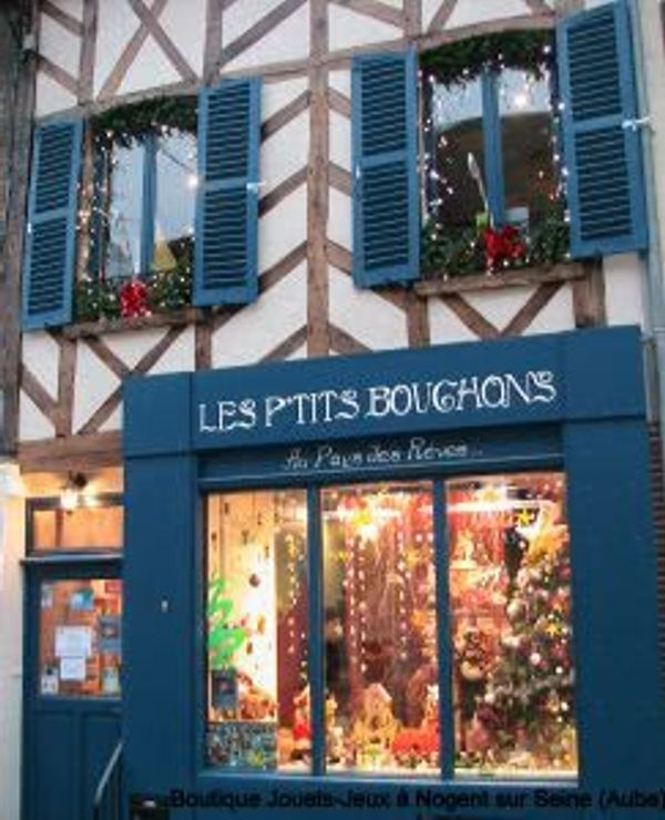 La boutique : Les petits bouchons au pays des rêves … A nogent sur Seine