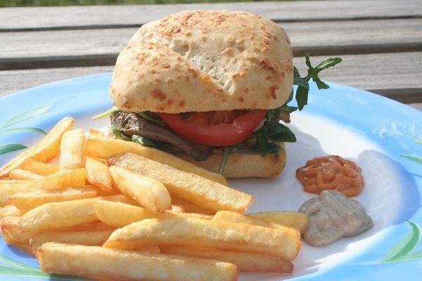 Elisez la recette du burger préféré des Français