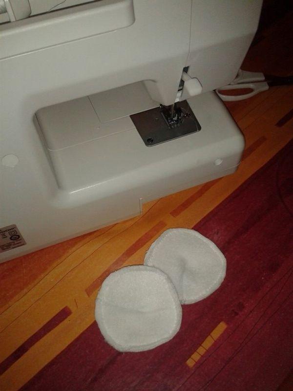 Réduction des déchets : Fabriquer ses propres coussinets d'allaitement lavables !