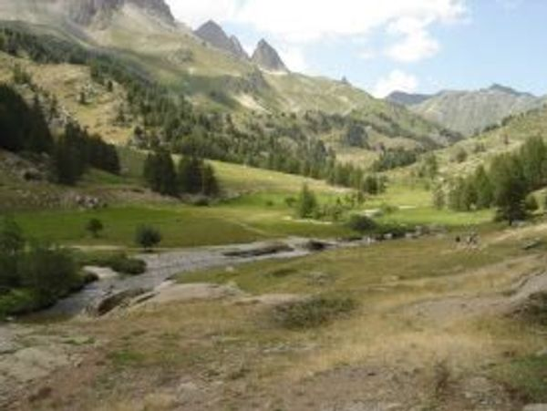 Idée 8: Pourquoi pas la beauté des paysages des Hautes Alpes pour vos vacances