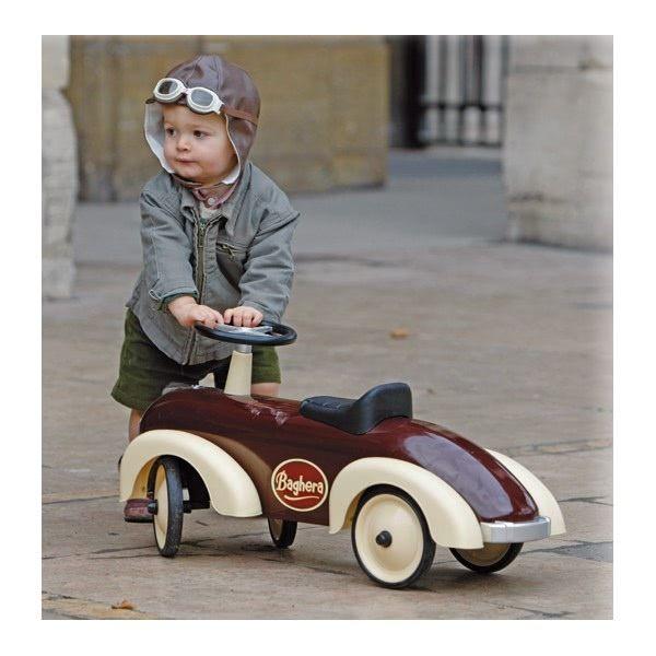 Baghera: la référence porteurs et voitures à pédales.