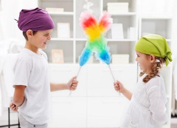 Les enfants et les tâches ménagères… Comment les faire participer et à quel âge ?