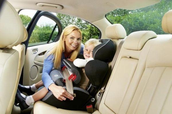 Mon enfant est malade en voiture, que faire ?