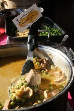 Curry d'Agneau Lait de Coco, Chataignes, Petits Pois (Auyo)