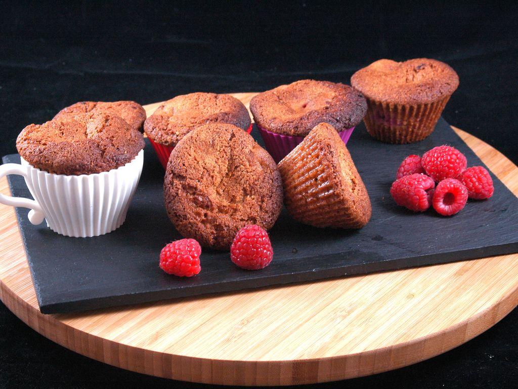 Muffins à la framboise de Jeanne : Recette de Muffins à la framboise de Jeanne - Marmiton