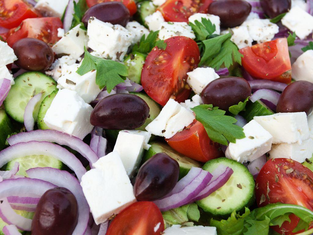 Salade grecque : Recette de Salade grecque - Marmiton
