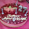 Gâteau d'anniversaire Bavarois à la framboise
