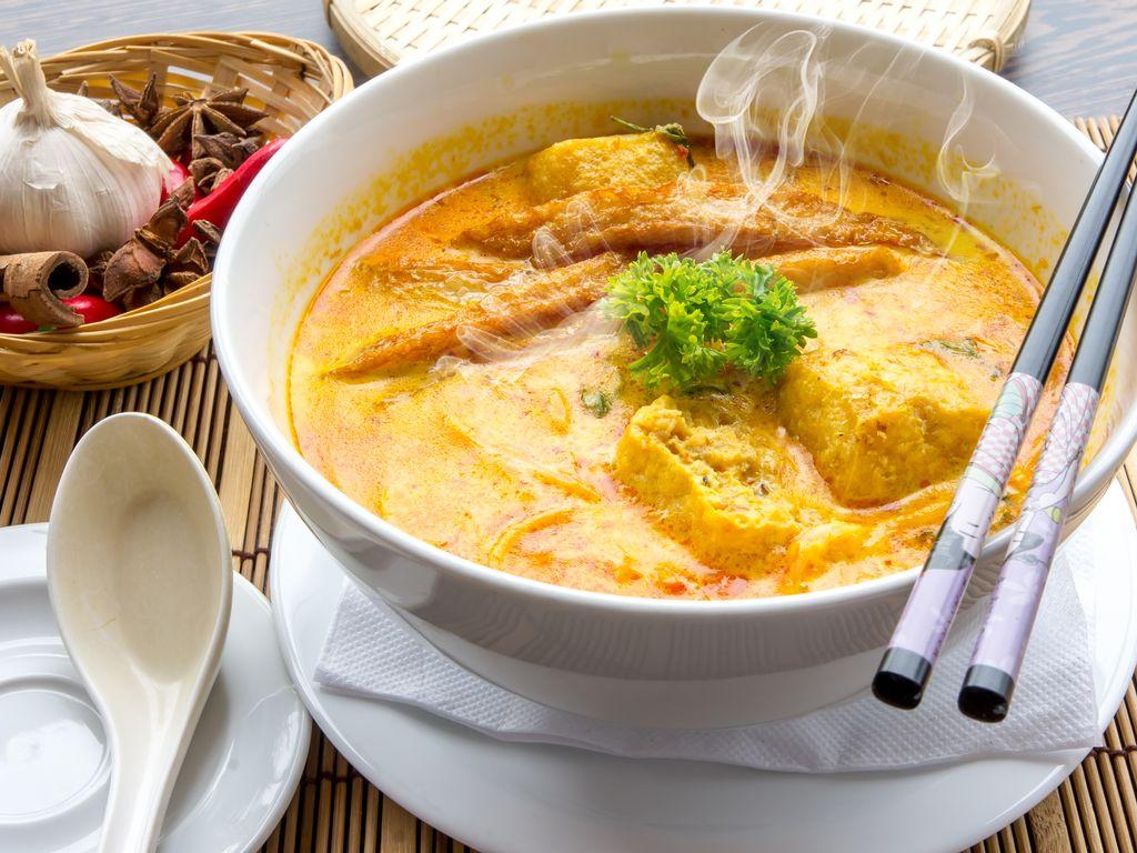 Poulet curry et oignons facile  Recette de Poulet curry et oignons facile  , Marmiton