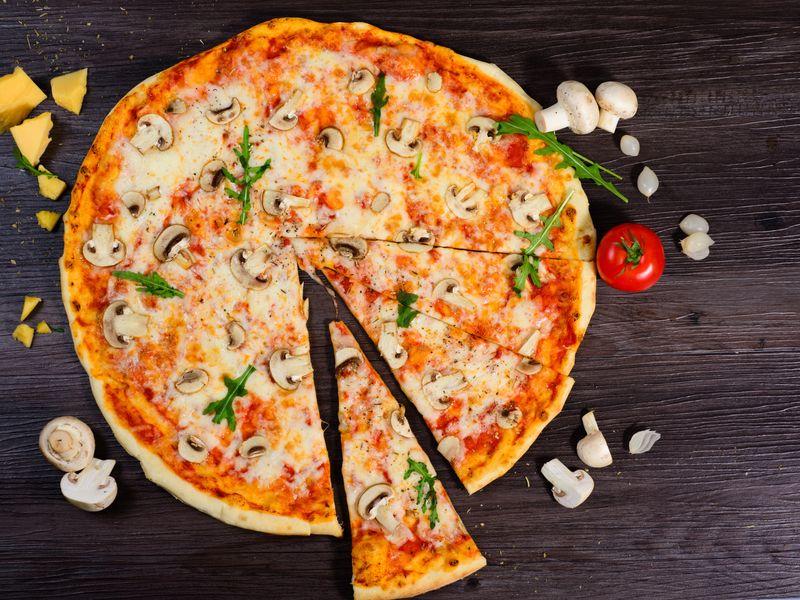 Pizza Facile Recette De Pizza Facile Marmiton