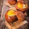 Oeufs cocotte en nid de pain
