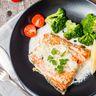 Darnes de saumon sauce citron et échalotes