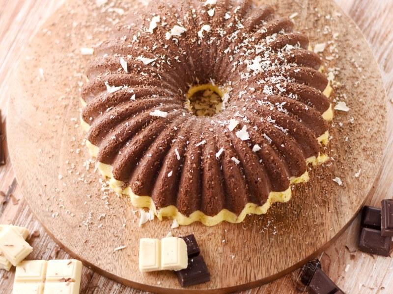 Marquise glacée au chocolat noir et aux amandes  Recette de