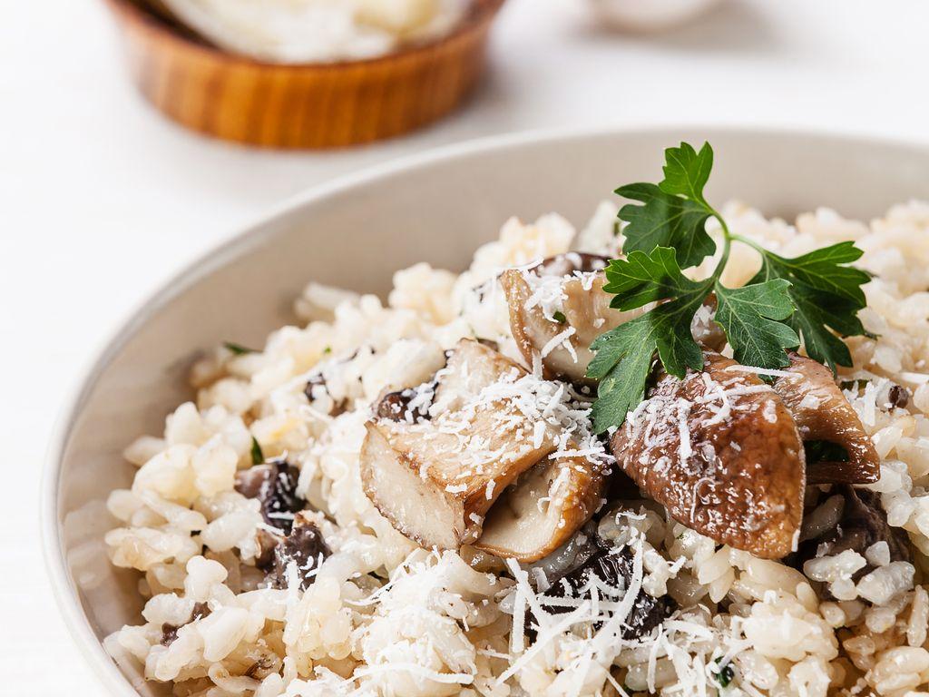 Risotto aux champignons (recette italienne du risotto alla fungaiola) : Recette de Risotto aux ...