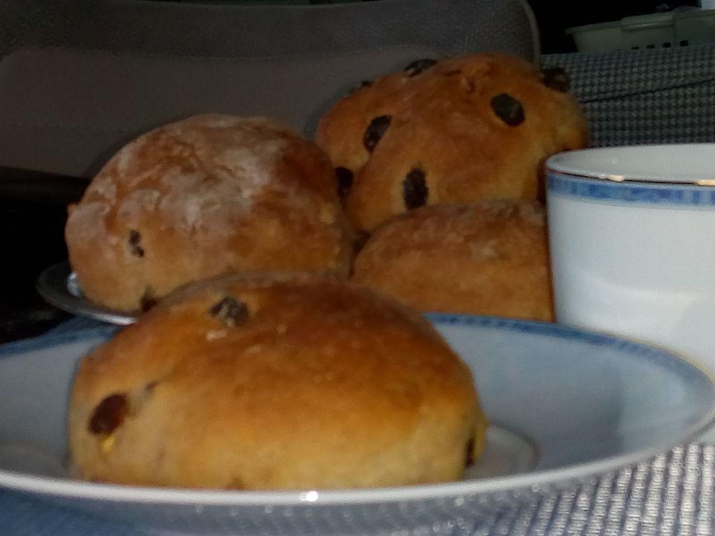 Petits pains raisin et noix