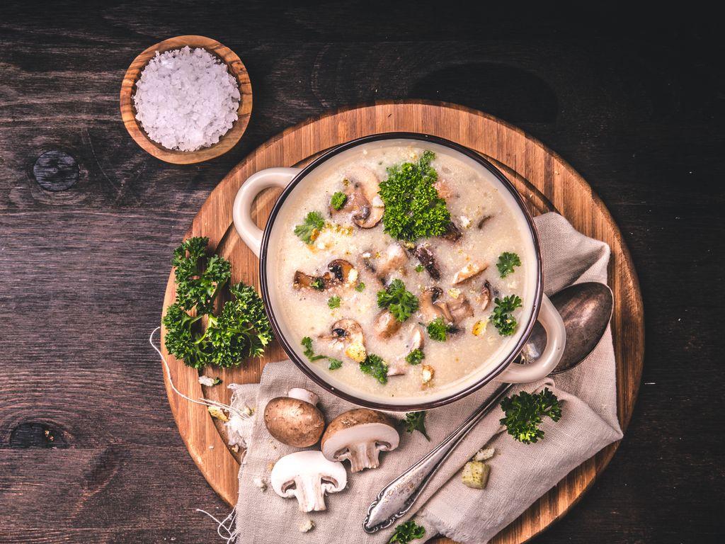 velouté de champignons au thermomix : Recette de velouté ...