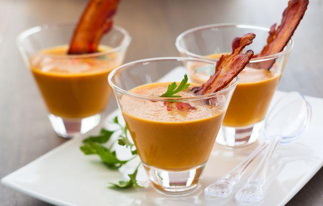 Verrine velouté de courge et bacon grillé