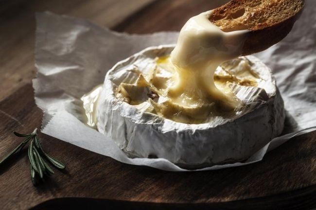 Raclette, fondue, tartiflette et plus encore...