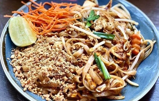 Pad thaï au Poulet et nouilles sautées de Yaai Thaï