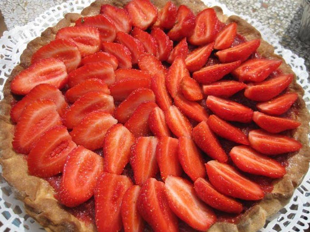 Tarte aux fraises sur sablé breton et compotée fraises verveine