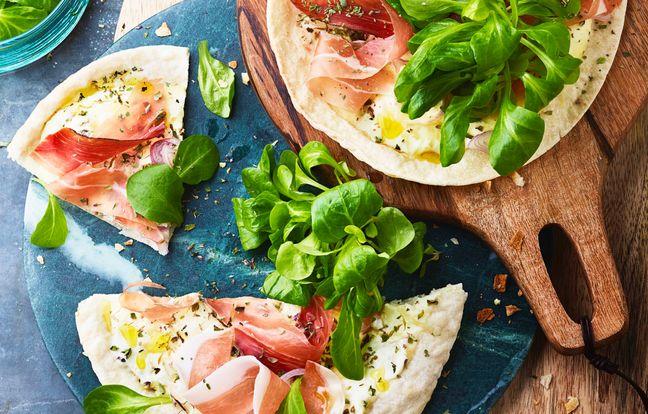 Pizzas express jambon cru mâche, une idée recetet super facile