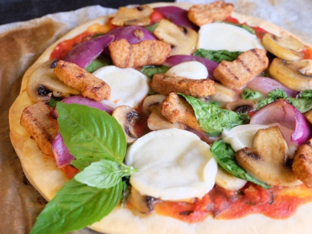 Pizza veggie aux bouchées de soja