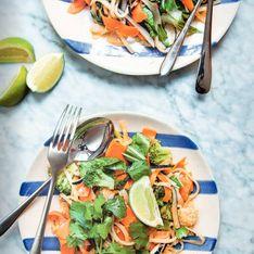 Nouilles sautées façon pad thaï aux épluchures de légumes et sauce tamarin par Carrie Solomon