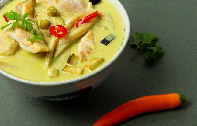Poulet au curry vert et au lait de coco