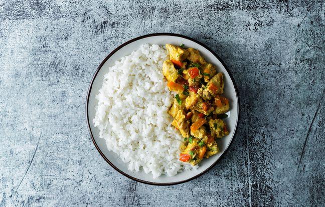Poulet au curry et chou chinois