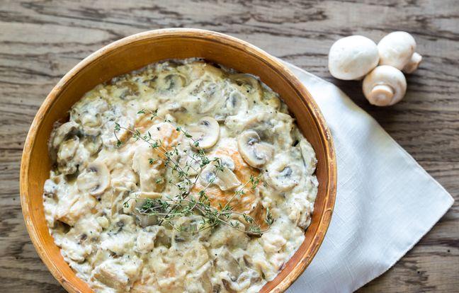 Poulet sauce crémeuse aux 3 fromages et champignons