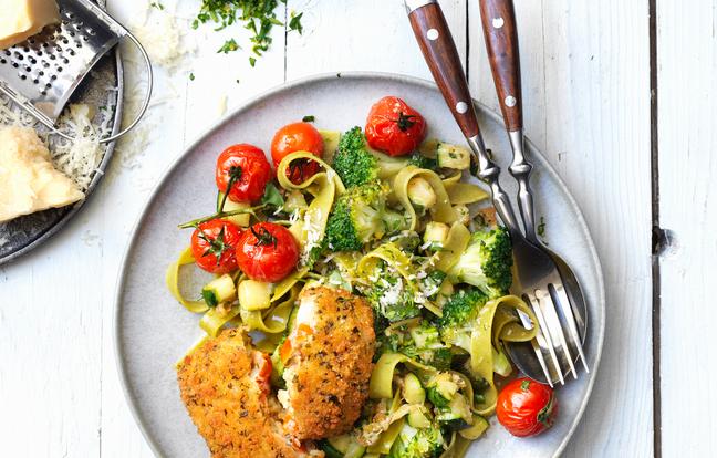Tagliatelles au brocoli, parmesan et carré gourmand tomate & mozzarella