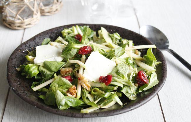 Salade de chèvre noix et pomme