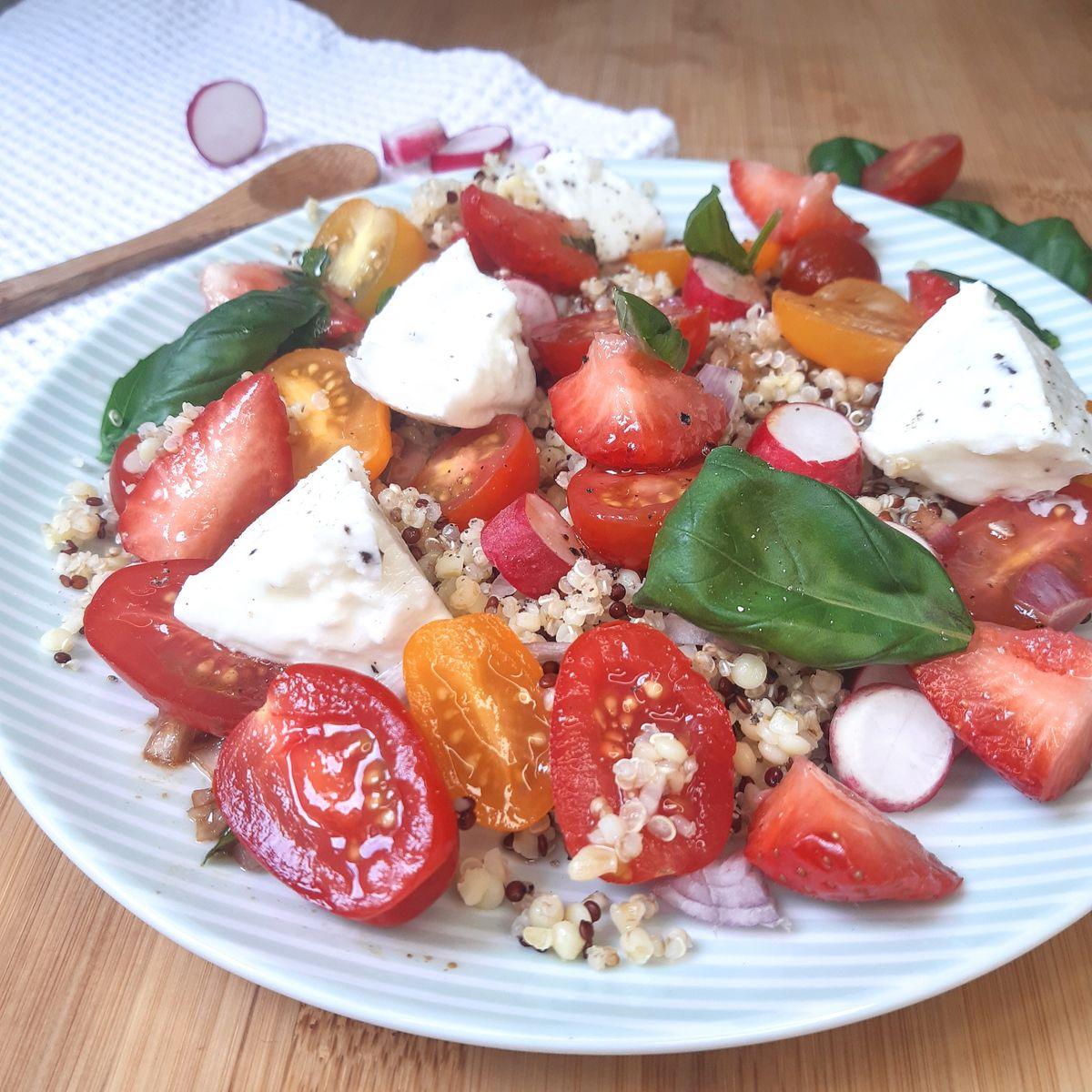 Salade de boulgour et quinoa aux légumes d'été