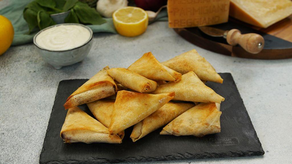 Triangles croustillants aux épinards et mousse de Parmesan