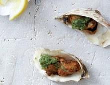 Oyster pakoras with pesto, dill and lemon