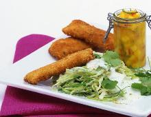 Hähnchensticks mit Joghurt-Kraut-Salat