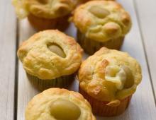 Herzhafte Muffins mit Trauben & PecorinoMuffins mit Weintrauben