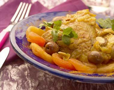 Chicken tagine with dried apricots