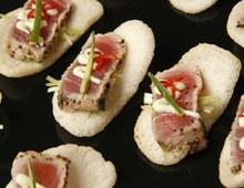 Tuna with wasabi mayonnaise on prawn crackers
