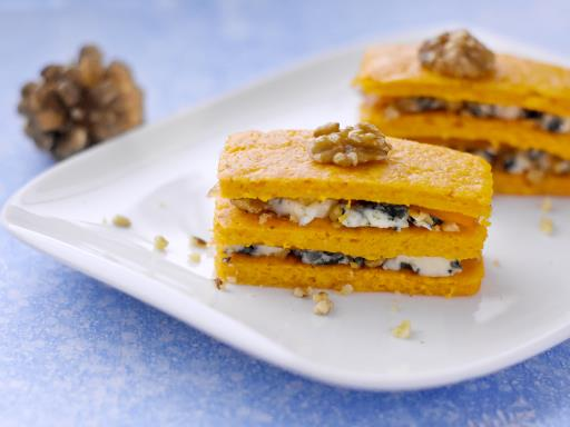Recipe Roquefort and Smoked Trout Log