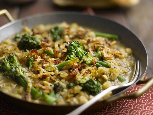 Tenderstem & Bengali Split Pea Curry with Caramelized Shallots