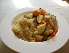 Quinoa-Gemüsepfanne mit Tofu