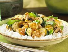 Hähnchenpfanne mit Zucchini-Gemüse