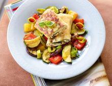 Quarkplätzchen im Brickteig mit Schmorgemüse