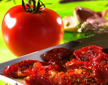 Tomates confites (oven-dried tomatoes)