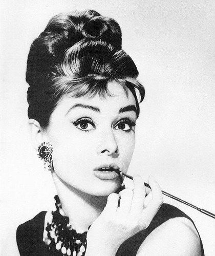 Audrey Hepburn - Photo posted by schpolarlicht
