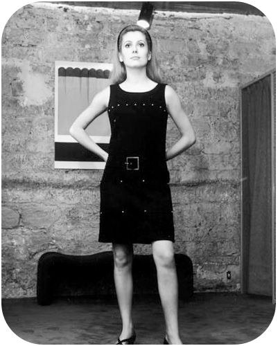 Catherine Deneuve - foto publicada por divinedeneuve