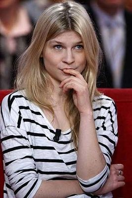 Clémence Poésy - Photo posted by lizziefrench