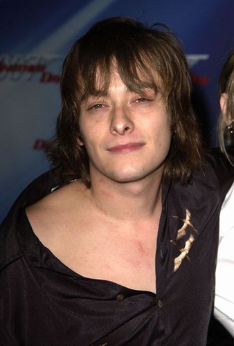 Edward Furlong - Photo posted by meghan84