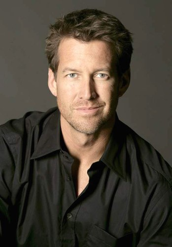 James Denton - foto publicada por tweety690