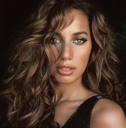 Leona Lewis - Photo posted by pitu0221